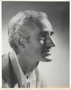 Portrait of Douglas MacDiarmid (1970s), captured by Frank Hofmann. www.douglasmacdiarmid.com