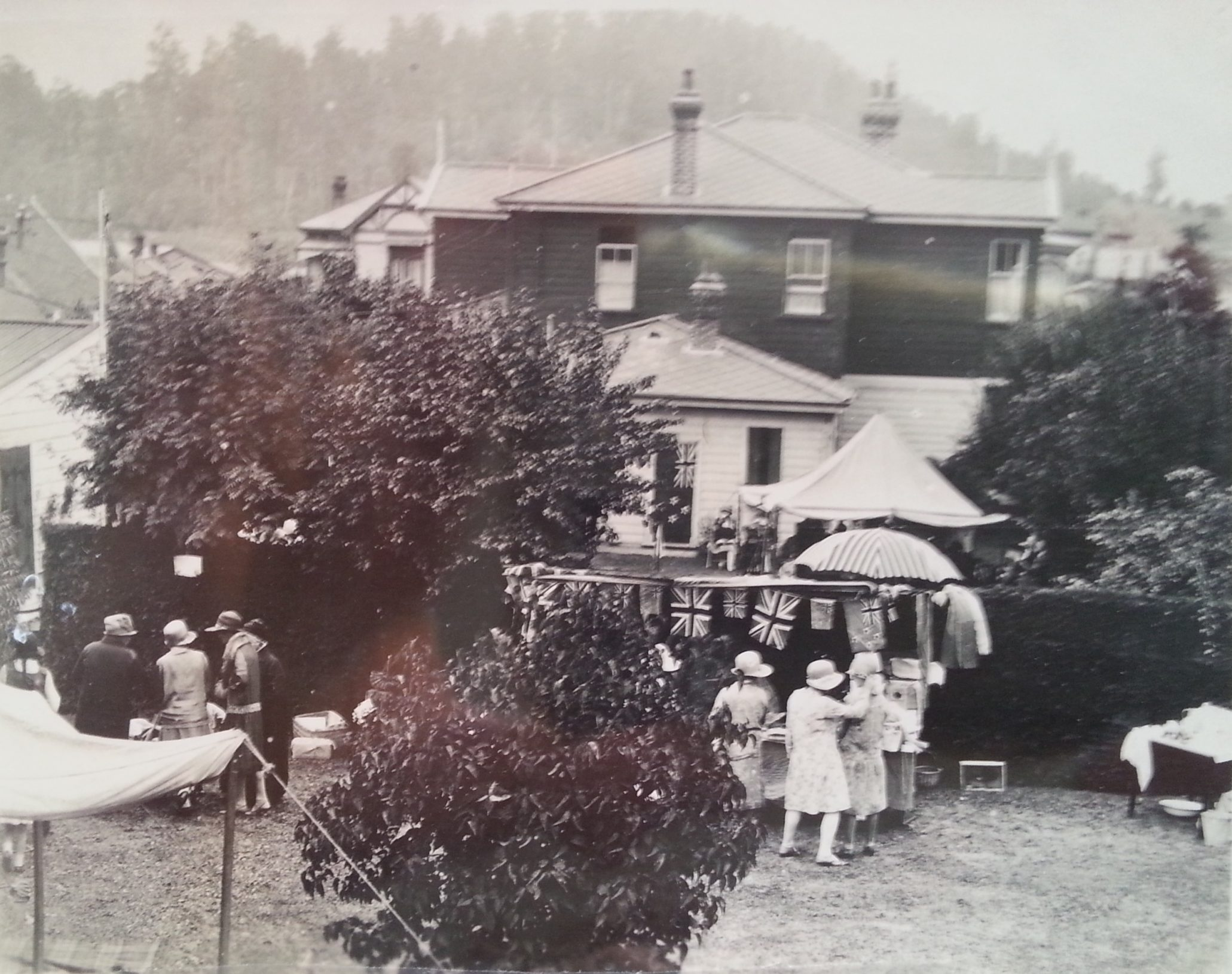 Taihape garden party on back lawn