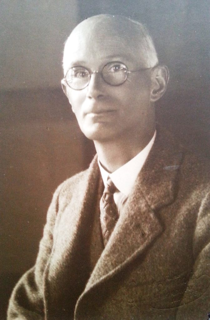 Dr Gordon MacDiarmid 1945